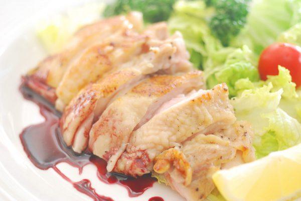 鶏肉の香草コンフィ